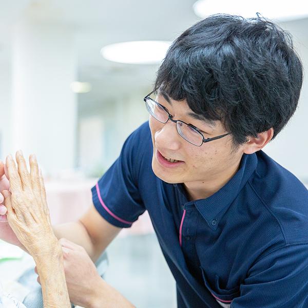 介護スタッフ(老人介護保健施設)